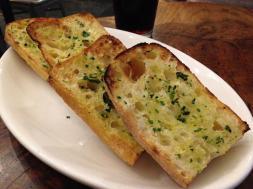 a-tavoola-garlic-bread